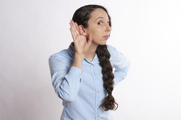 Woman-Girl-Listen-Young-Music-Person-Listening-2840235.jpg