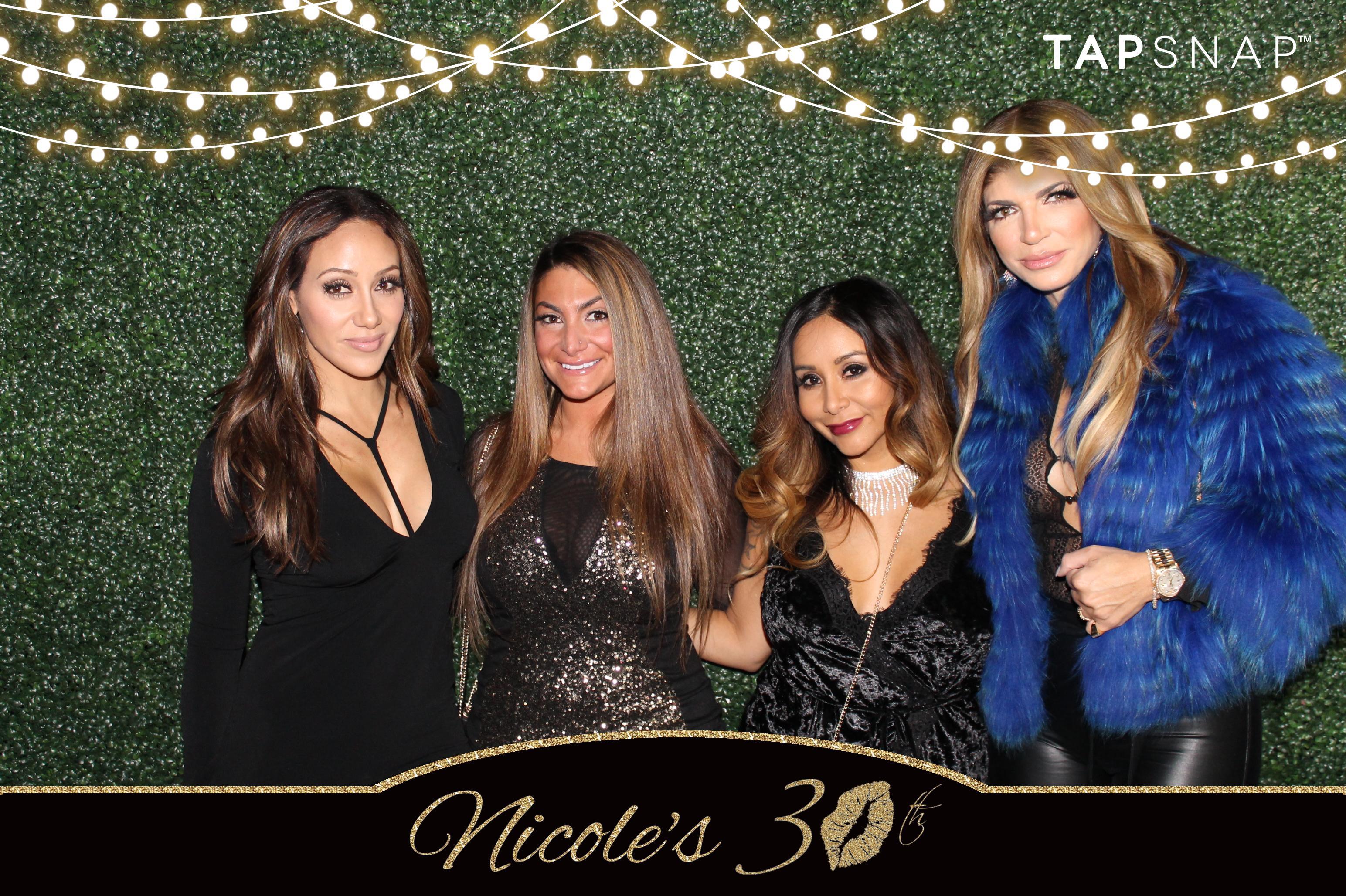 Melissa, Deena, Snooki, and Teresa using TapSnap