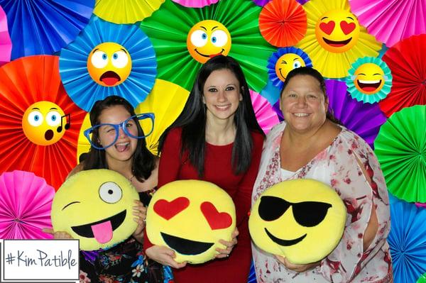 Emoji pillows TS 1188