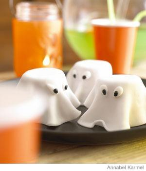HalloweenRecipes_GhostCake_A_391423.jpg