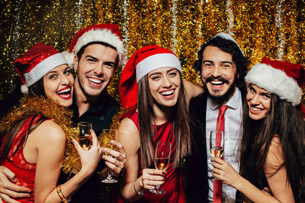 5 Ways Hosting A Holiday Party Will Boost Your Business
