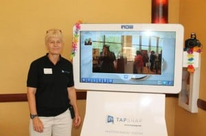 Lutz businesswoman brings 'futuristic photo booth' to parties
