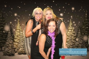 TapSnap phototainment system puts pizzazz into holiday parties