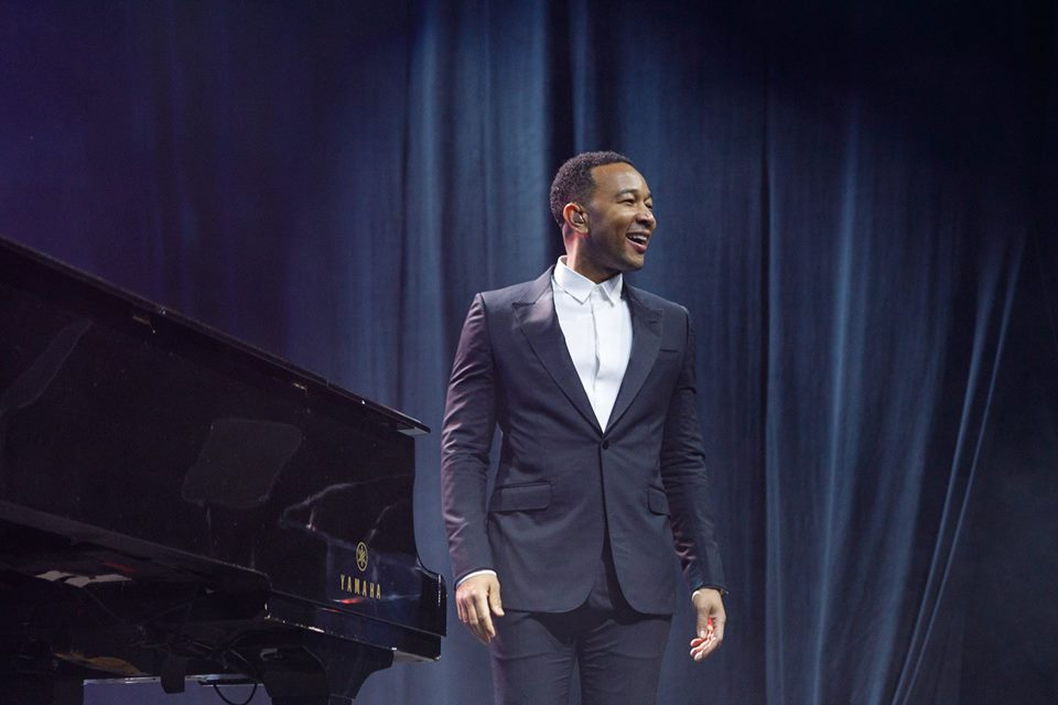 John Legend Philly Fights Cancer
