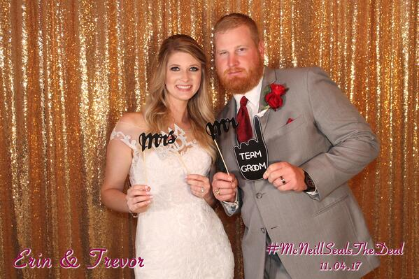 wedding photo booth with hashtag